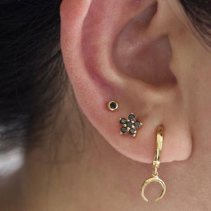 Flower black crystal stud earring