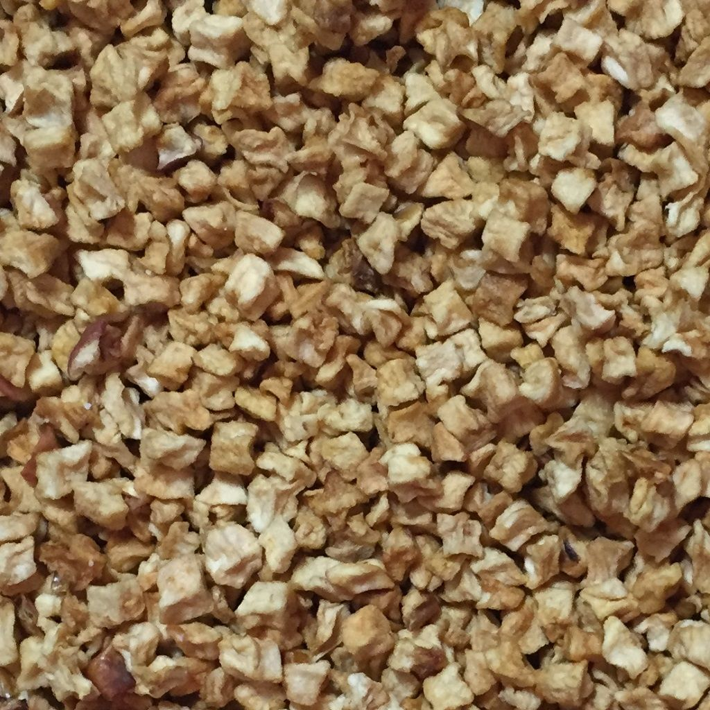 Natural Diced Apple Dried No Preservatives for birds rabbits