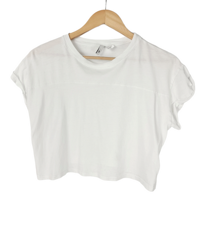 H&M • T-Shirt • Small