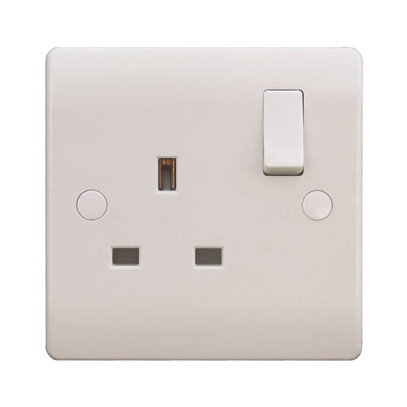 1 Gang 13A White Switched Socket