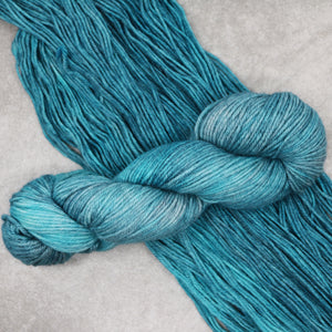 Ice Queen, Hella Worsted
