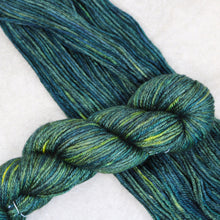 Load image into Gallery viewer, Pine Needles Bliss Worsted