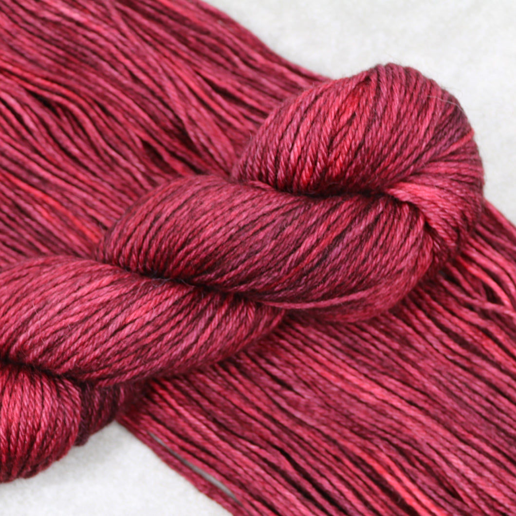 Red Queen Hella Worsted