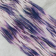 Load image into Gallery viewer, Wild Lavender Hella Worsted
