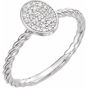14 Karat White Gold Diamond Cluster Rope Ring