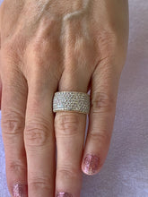 Load image into Gallery viewer, 18 Karat White Gold and Rose Gold Diamond Pave' Band