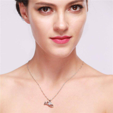 Image of Pearl or Diamond Heart Mom Necklace