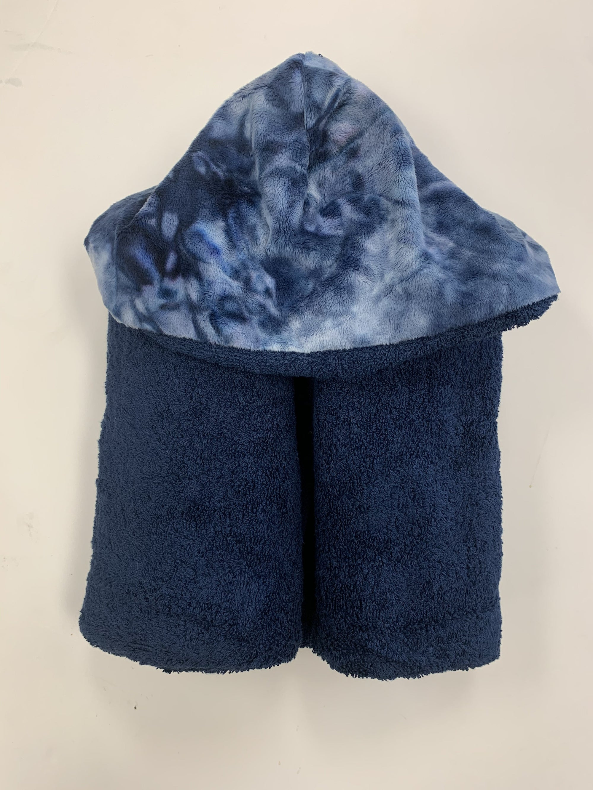 Zandino  Oversized Hooded Towel Collection