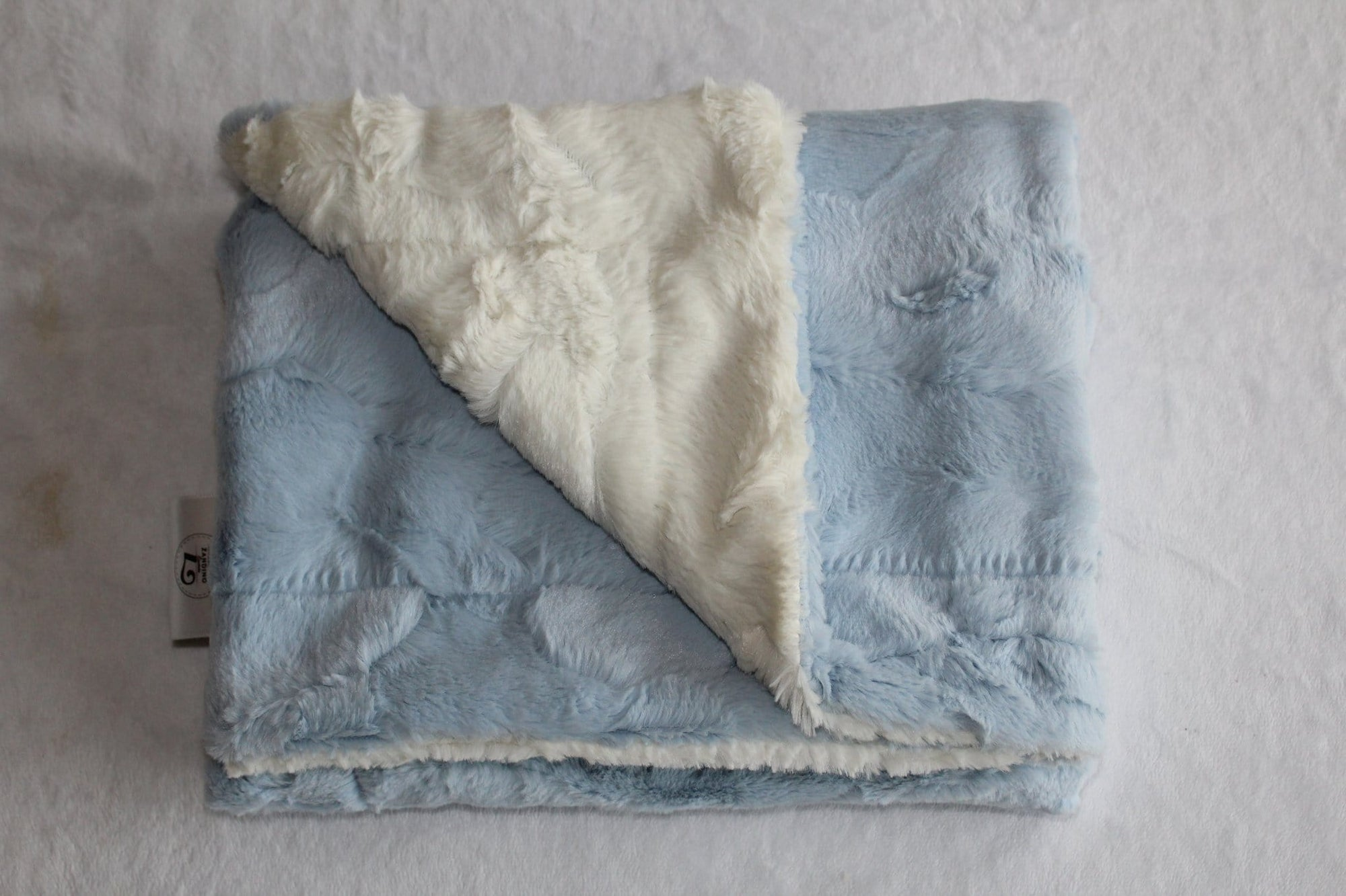 Zandino Sophia Powder Blue Plush Baby Blanket