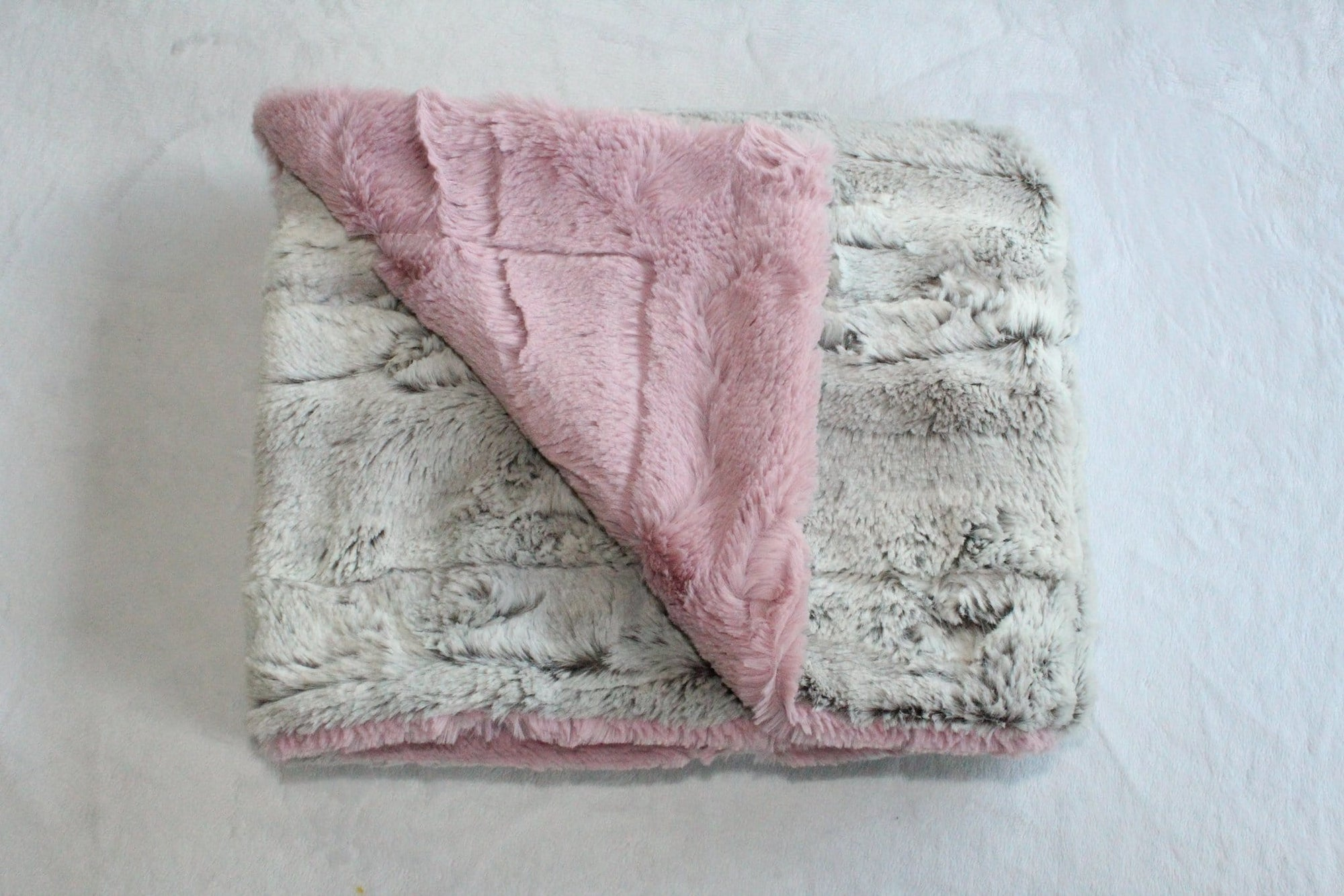 Zandino Mia Rose Plush Baby Blanket