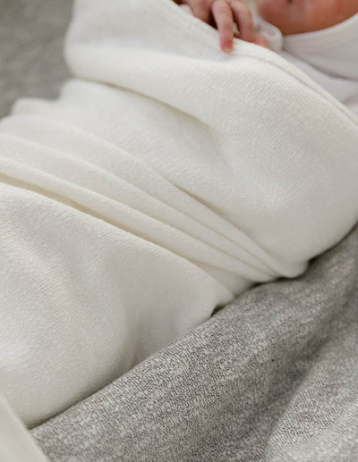 Jaqueline & Jac Natural White Knit Blanket
