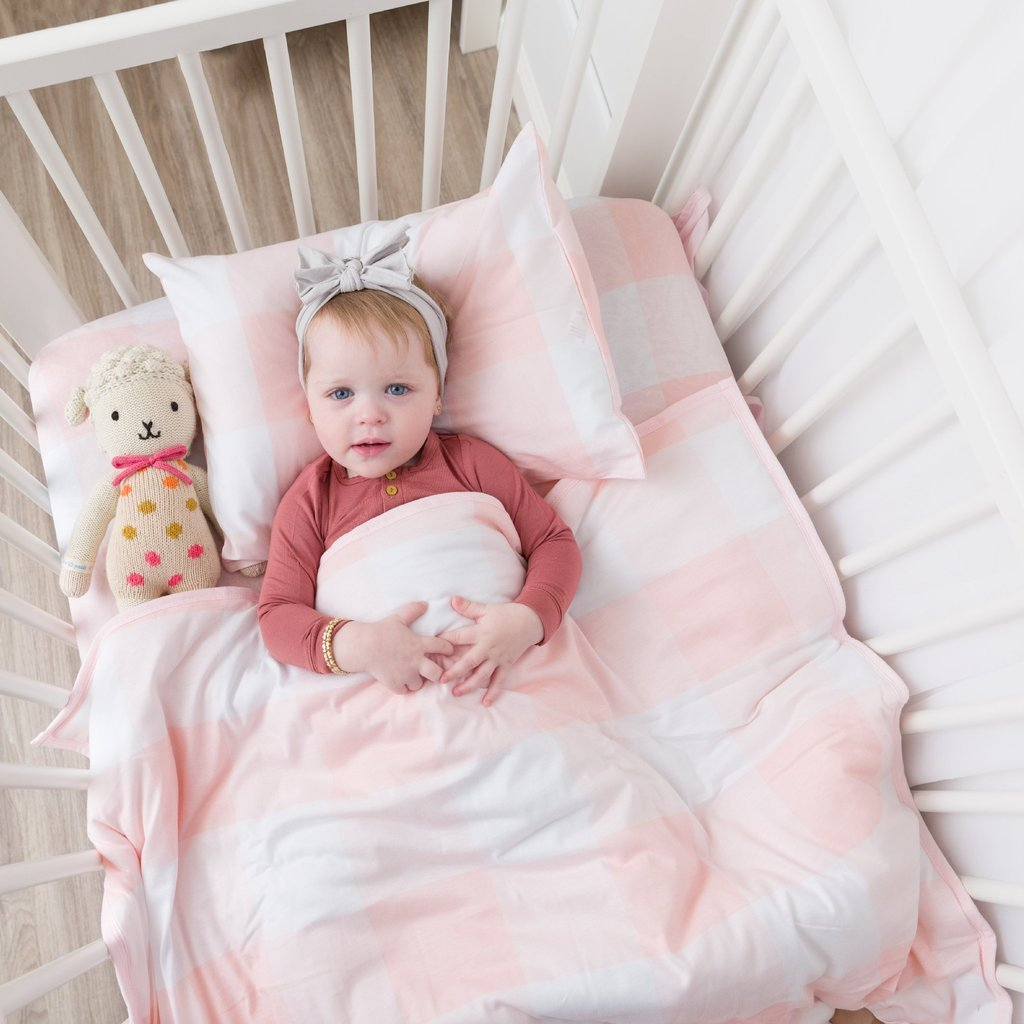 Ely's & Co Baby Crib Set 4 pc, Crib Sheet,Quilted Blanket, Skirt & Pillow case  Gingham Pink