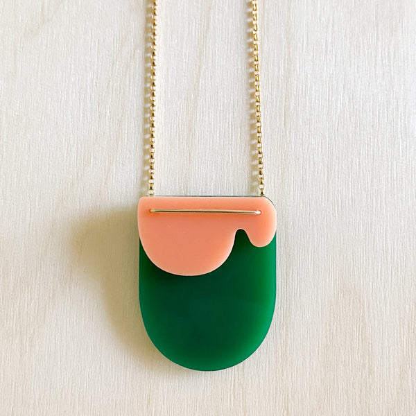 Cloud Necklace – Evergreen + Peach
