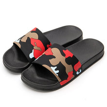 Load image into Gallery viewer, Indoor/Outdoor Camo Slides