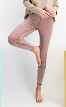 Load image into Gallery viewer, Mauve Legging