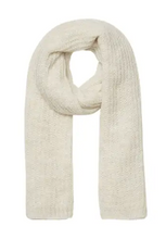 Load image into Gallery viewer, Long knitted scarf