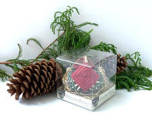 Load image into Gallery viewer, Holiday Petit Sea Grass Basket