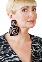 Load image into Gallery viewer, PlexiGlass Black Spiral Double Square Earrings / Black