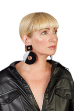 Load image into Gallery viewer, PlexiGlass Mirror-Black Chunky Hoop Earrings / Black