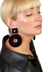 PlexiGlass Mirror-Black Chunky Hoop Earrings / Black