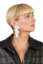Load image into Gallery viewer, PlexiGlass Mirror-White ZigZag Earrings / White