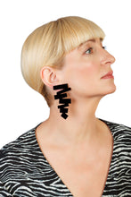 Load image into Gallery viewer, PlexiGlass Mirror-Black ZigZag Earrings / Black