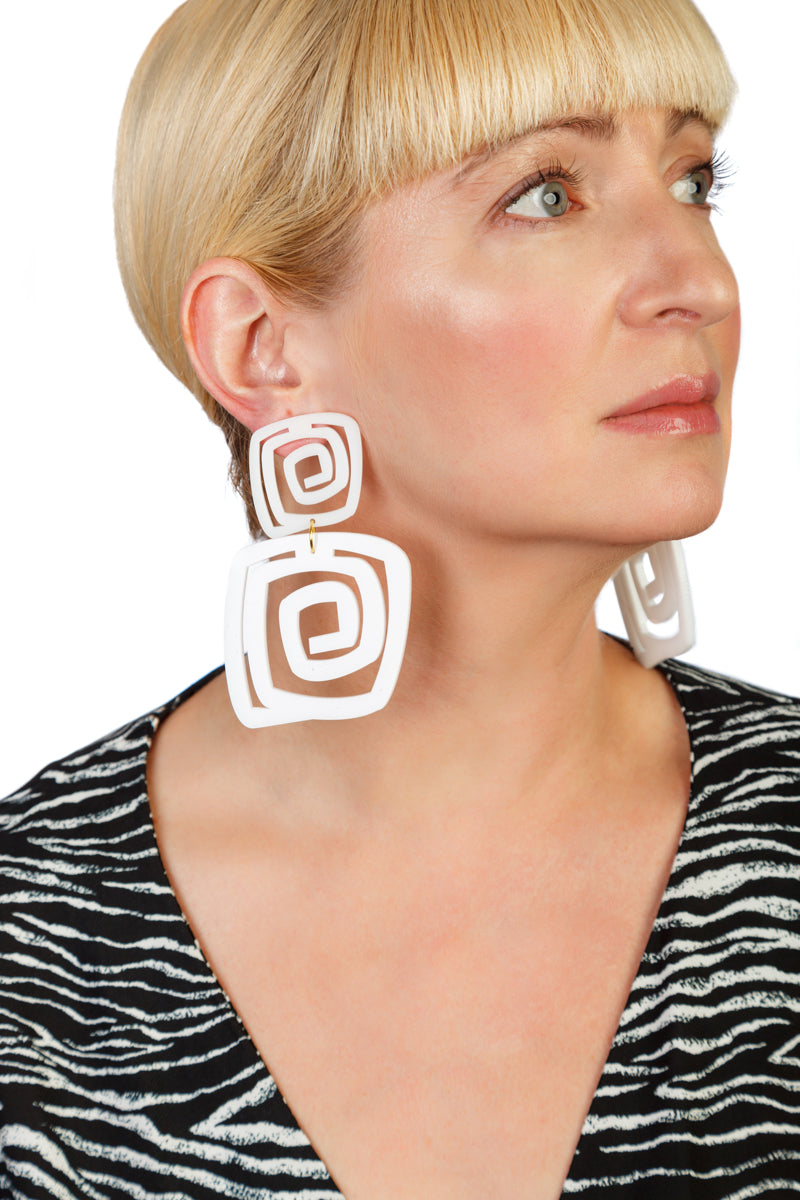 PlexiGlass Mirror-White Spiral Double Square Earrings / White