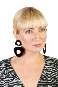 PlexiGlass Mirror-Black Double Triangle Chunky Hoop Earrings / Black