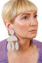 Load image into Gallery viewer, Plexiglass Silver-Mirror Jellyfish Earrings/ Silver