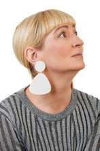 Load image into Gallery viewer, Bells Earrings / White