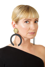 Load image into Gallery viewer, C-Hoop Earrings / Gold+Black