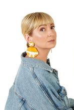 Load image into Gallery viewer, Safari Earrings / Mustard