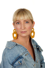 Load image into Gallery viewer, Five-Finger Hoop Earrings/ Mustard