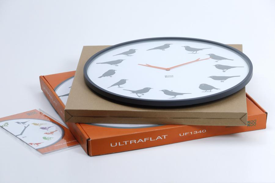 KOOKOO UltraFlat (Deals), moderne, superflache Vogelstimmen Uhr mit coolem, plakativem Design