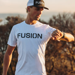 Fusion Men's SLi Technical Run T-Shirt HC_Action