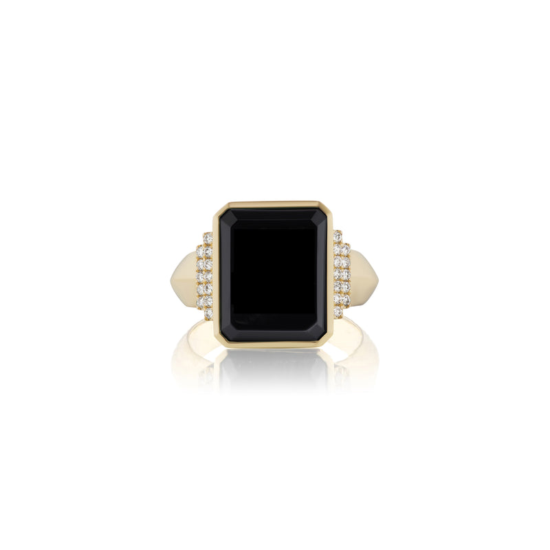 Initial Signet Ring in Yellow Gold Setting