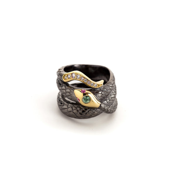 Victoria Serpente Ring in Blackened Silver