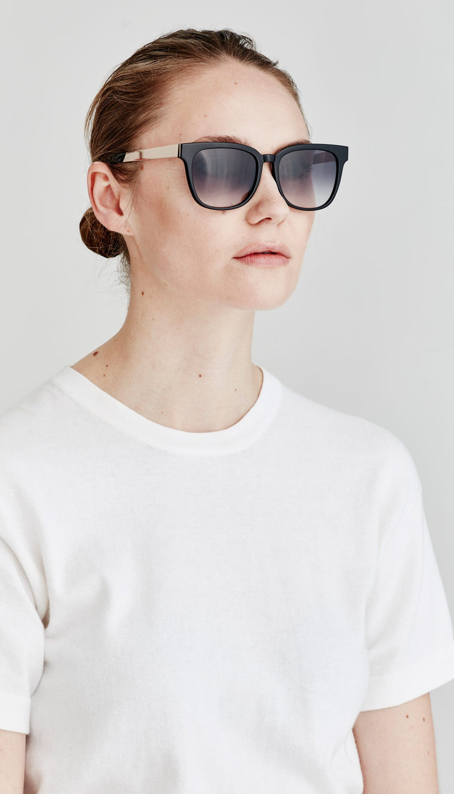 Juliette Hogan | No. 05 Eyewear Black/Gold