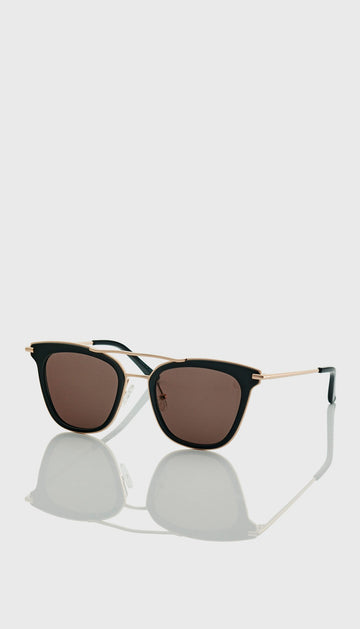 juliette hogan eyewear no 7