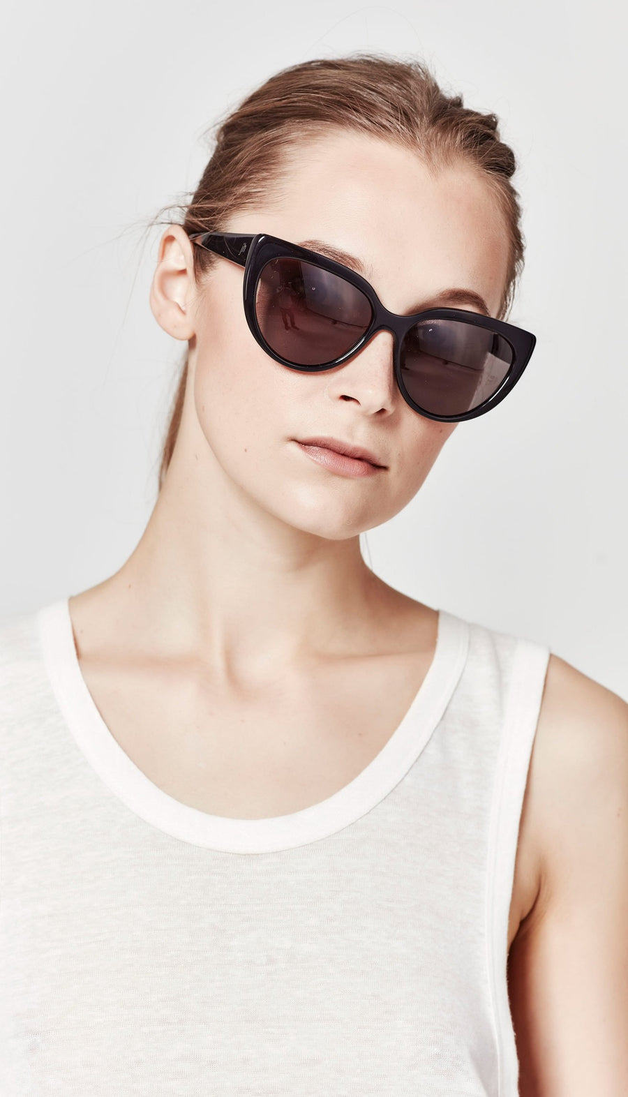Juliette Hogan | No. 02 Eyewear Black