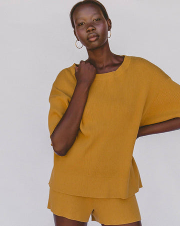 Lullabyclub_Alex_Knit_tee_mustard