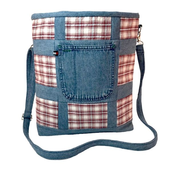 Market Tote: Cross-body, Eco-Chic Plaid Tote front