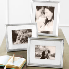 Load image into Gallery viewer, Classic 4x6 Frame-Photo Frames-|-Mariposa