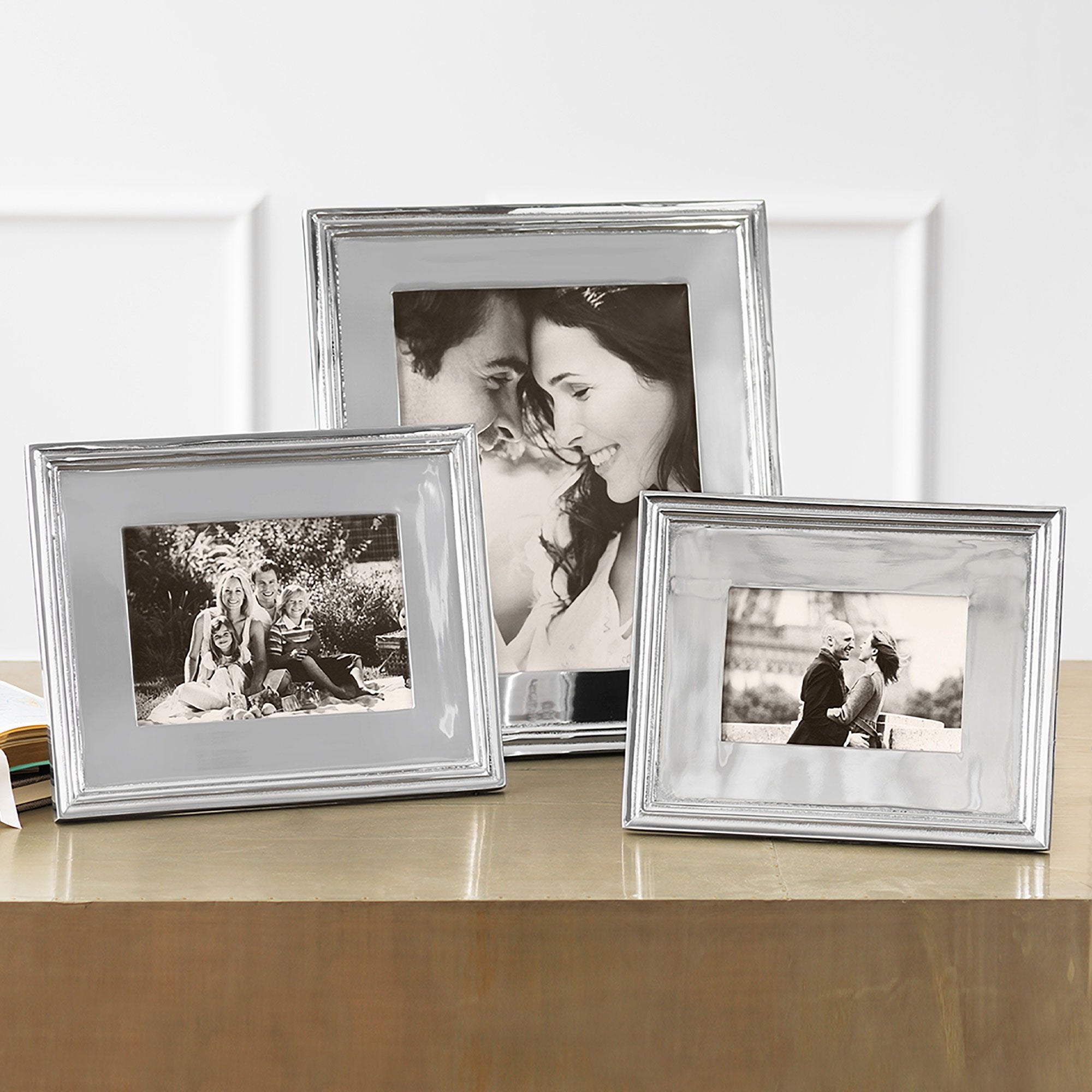 Classic 5x7 Picture Frame Engravable Mariposa