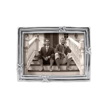 Load image into Gallery viewer, Love Knot 5x7 Frame | Mariposa Photo Frames