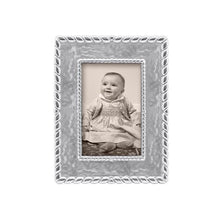 Load image into Gallery viewer, Meridian 4x6 Frame | Mariposa Photo Frames