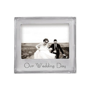 OUR WEDDING DAY Signature 5x7 Frame | Mariposa Photo Frames