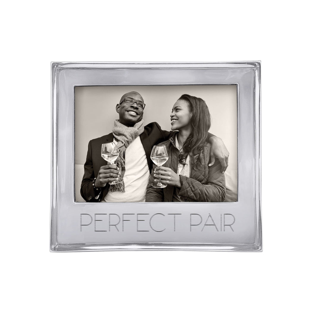 PERFECT PAIR Signature 5x7 Statement Frame-Statement Frame | Mariposa