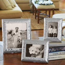 Load image into Gallery viewer, Shimmer 4x6 Frame-Photo Frames-|-Mariposa