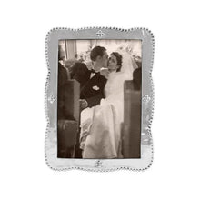 Load image into Gallery viewer, Sueno 5x7 Frame | Mariposa Photo Frames